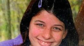 Emotion et honneurs aux funérailles d'Alison Decloux