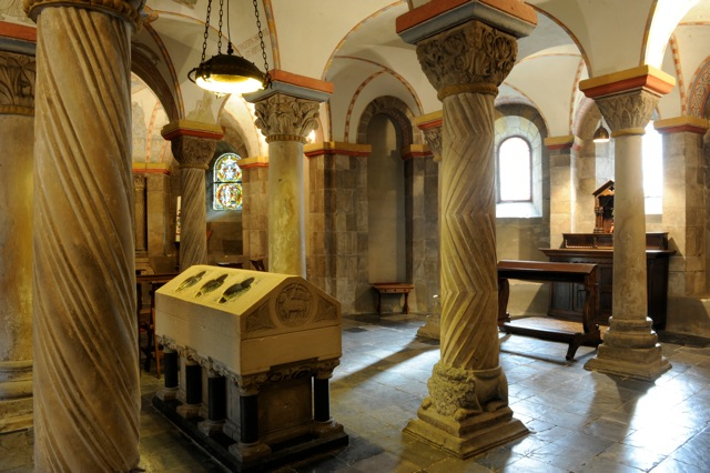 Ailbert_dAntoing_sarcophageRolduc