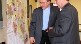 L'évêque de Namur séduit par le dynamisme des assistants paroissiaux de son diocèse