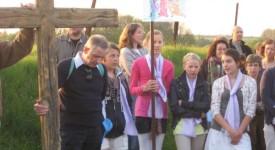 Près de 400 personnes ont assisté au chemin de croix de Vedrin (Namur)