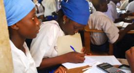 La solidarité et l'éducation sauveront le monde