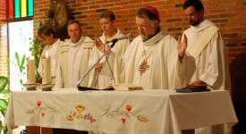 Mgr Kockerols : «J'ai vu des jeunes heureux d'approfondir leur foi !»