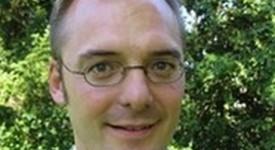 Le nouveau secrétaire général de la Conférence des évêques suisses est un laïc
