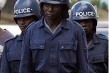 Zimbabwe: la police met fin à un rassemblement de pasteurs anglicans