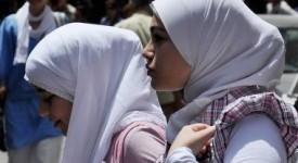 Rejet d'une proposition de décret relative au port de signes religieux dans l'enseignement