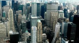Manhattan : La bourse est vide, les églises ferment…