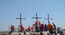 Philippines: «Non aux crucifixions extrêmes», disent les évêques