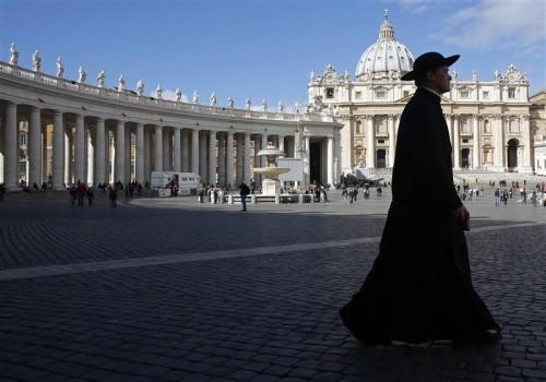 Au Vatican, dans l'attente d'un pape...