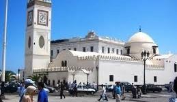 Algérie: Le gouvernement combat les prêches extrémistes