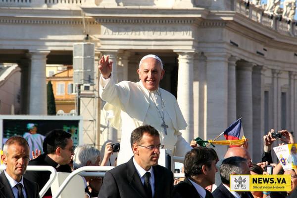 """Vincent Lambert: l'unique """"maître de la vie"""" est Dieu, rappelle le pape"""