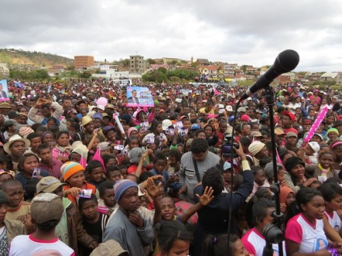 (c)Lakroa - Elections Madagascar 25-10-2013 -p Guillaume 2