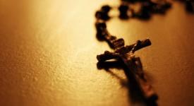 150.000 Polonais prient aux frontières nationales