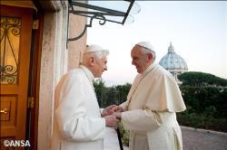 Pape-Francois-et-Benoit-XVI-Noel-2013-(c)-RV