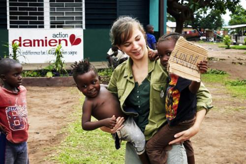 La chanteuse Noa Moon, à Kinshasa avec Action Damien