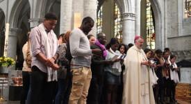 Bruxelles : Accueil des nouveaux baptisés par Mgr Kockerols