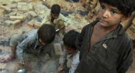 La traite d'êtres humains : un fléau mondial