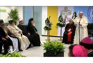 pape Francois Albanie