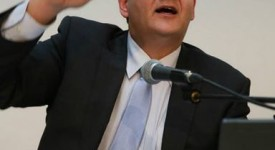 Interdiction des signes religieux : Steven Vandeput relance le débat