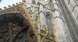 Découverte: Le portail du Bethléem à Huy