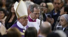 François invite à entrer en Carême en recevant le « don des larmes »