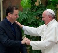 Le pape François connaît bien le recteur majeur des salésiens, 10ème successeur de Don Bosco