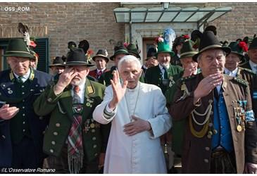 Joyeux Anniversaire Benoit Xvi Le Site De L Eglise Catholique En