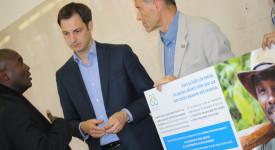 Entraide & Fraternité a remis une pétition au ministre De Croo