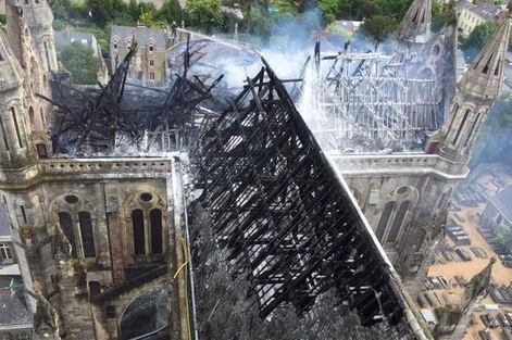 Basilique-nantes-incendie