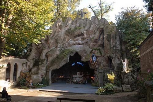 Grotte de Lourdes à Jette