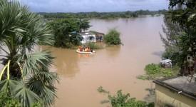 Birmanie: armée et civils font corps face aux inondations