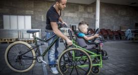 Handicap International récompense ses Bricoleurs du coeur