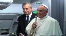 Famille, mariage, diplomatie vaticane… les thèmes abordés par le pape dans l'avion