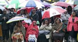 François à Nairobi : «les familles doivent faire rayonner l'amour de Dieu»