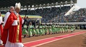 Après six journées intenses, le pape François a quitté l'Afrique