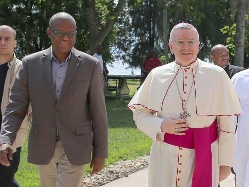 Le nonce apostolique accueilli par le représentant de l'ONU en RD Congo