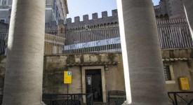 Le Vatican ouvre un dispensaire pour les sans-abri et les personnes en détresse
