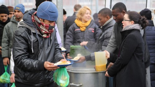 distribution_nourriture_migrants