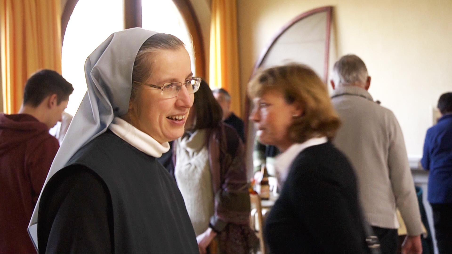Photo femmes Eglise 14