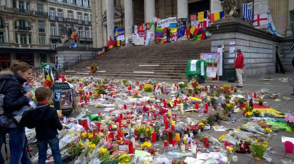 Bruxelles-place de la Bourse-post-attentats