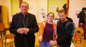 La communication passe entre les jeunes et les autres chrétiens