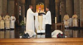Diaconat permanent : le ministère invisible
