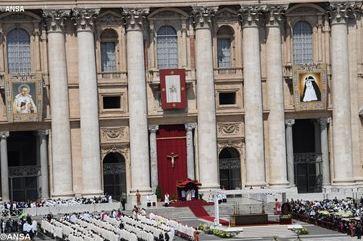 Vatican_Canonisations_05062016