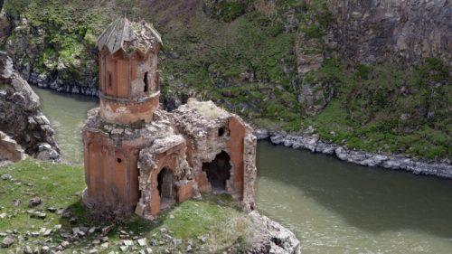 20110419_Monastery_of_Hripsimian_Virgins_Ani_Turkey-800x450