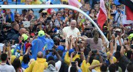 Cracovie 2016: les jeunes accueillent le pape