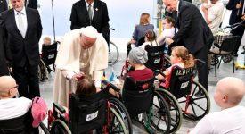 Pape François: Les personnes défavorisées devraient être au centre de l'attention sociale et politique