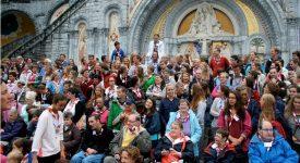 30 réfugiés syriens à Lourdes, avec les Équipes Saint-Michel