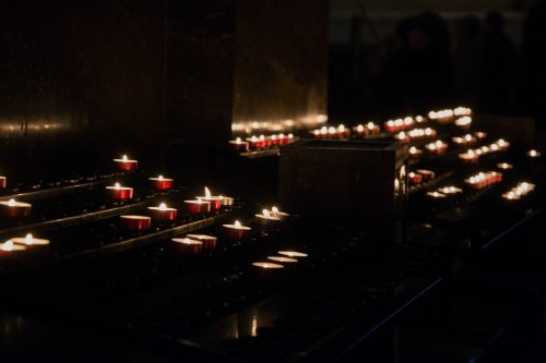 candles-992514_960_720