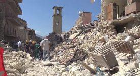 Le pape baptisera les «enfants du séisme»