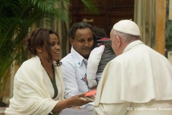 """""""Protéger les migrants est un impératif moral"""", rappelle le Pape"""