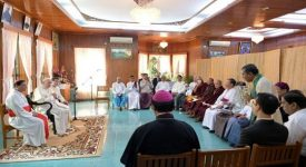 Birmanie: le pape mise sur les religions pour apporter la paix